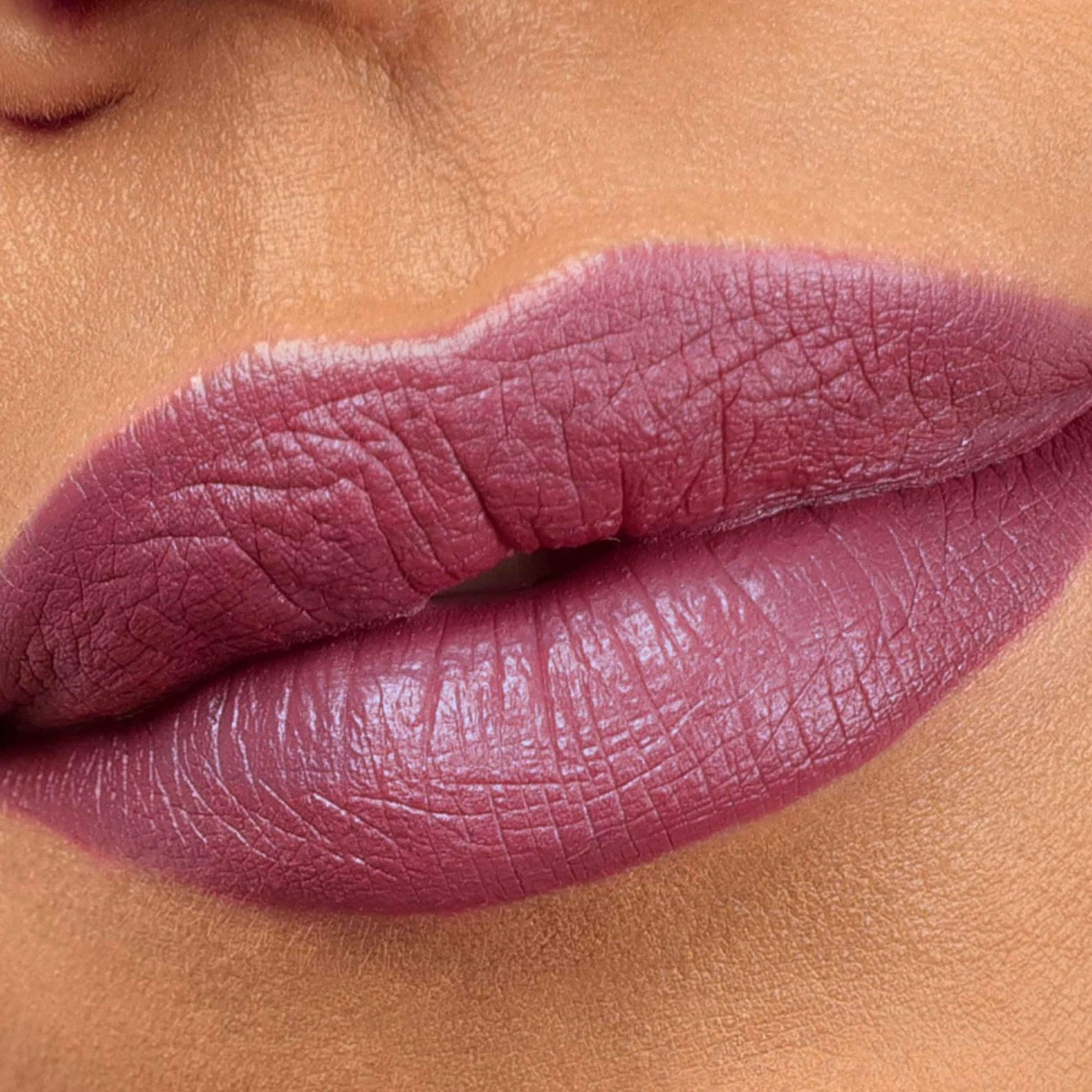 Beyond Matte Lipfixation Fetish